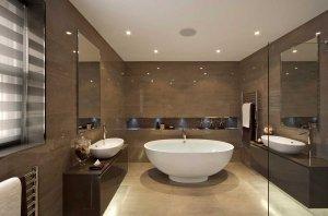Роскошный потолок в ванную